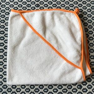 Giggle Better Basics Hooded Towel